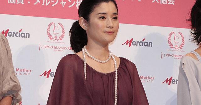 石田ゆり子姉妹って3人だったっけ? 石田ひかりと、ある女優がそっくり!!
