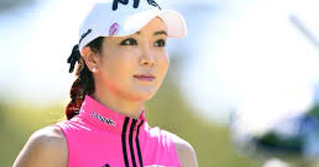 ミニスカ美女ゴルファー、セクシーショット連発!アン・シネが日本参戦!!