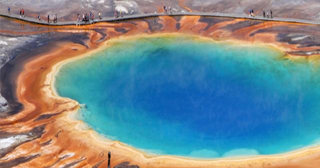 骨まで?跡形もなく人を溶かす恐怖の泉。イエローストーン国立公園の熱水泉が怖すぎる