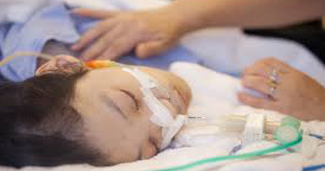 子供の頃に盲腸でタヒにかけた。手術後、麻酔から目覚めると修羅場が…