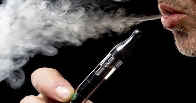 最近当たり前になってきたiQOS(アイコス)、実はタバコよりも健康に悪いと話題に?