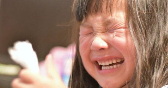 【ジ~ンと心温まる話】ご飯を食べない子供。その本当の意味に気づいた時、母親は崩れ落ちた…