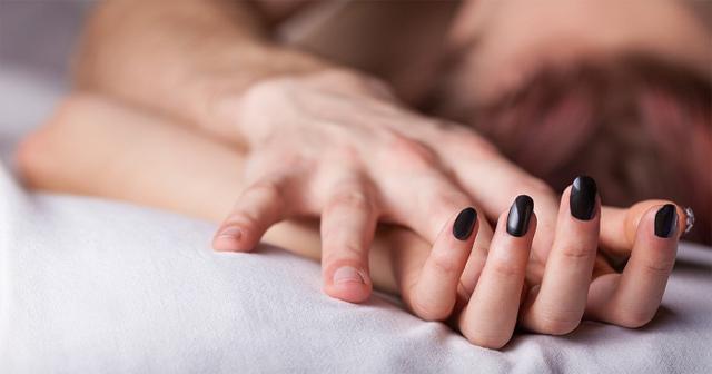 枕の営業が増加中、女性モデルや保険のセールスレディーだけではない実態がエグい。行為は4人に1人…今後はもっと増える?