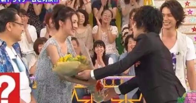 【衝撃】竹内結子と嵐・二宮和也が再婚!?? 二宮の17年愛、ついに実る