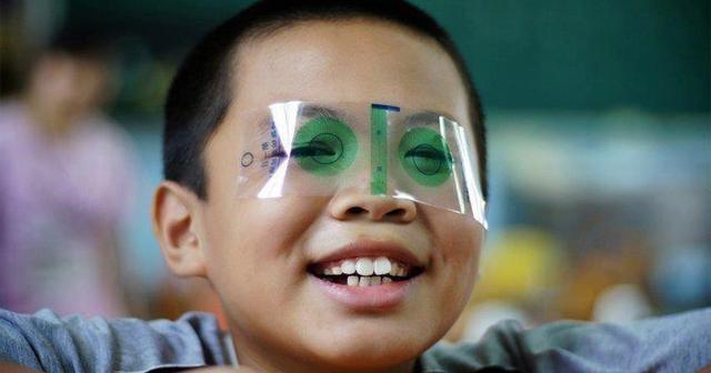 【※驚愕】あなたは覚えていますか?小学校の時にしていたぎょう虫検査が廃止された●●の理由