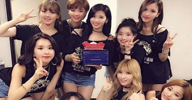 【※もろバレ注意】整形大国、韓国のアイドルがおデコを整形した結果が大失敗すぎる件wwwww