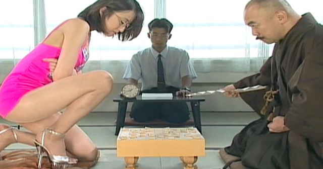女流棋士のケツがエ□いことになってるwwwwwww(画像あり)