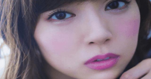 【衝撃画像10枚】NMB48渡辺美優紀が白ビキニシーンでマ〇毛がハミ出るwwwwwww