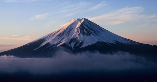 静岡県民「2月23日は富士山の日で」新しい天皇誕生日に困惑?
