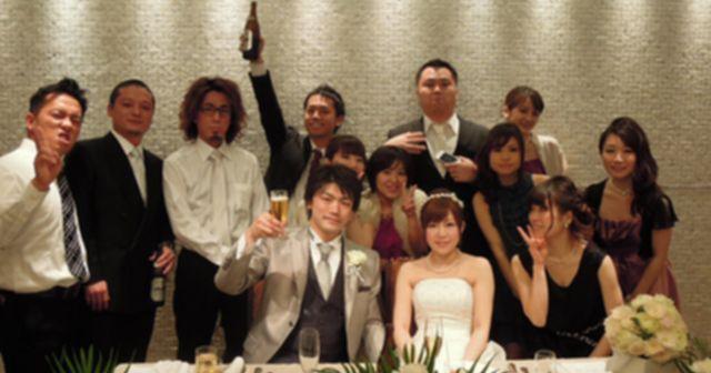【修羅場】「友達の結婚式に行ってきたんですよ」先輩に写真を見せたら顔面蒼白になって嘔吐…