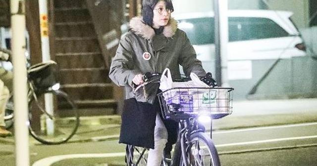 上原多香子の現在。 2LDKの地味物件で同棲も新恋人は苦悩?自転車に乗って差し入れにきたり・・・