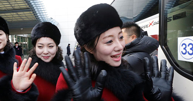 北朝魚羊「美女応援団」が「認めたくないけど・・かわいい」