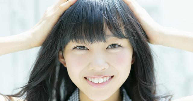 原田葵が破壊的な可愛さ!透明美肌ももチラッ画像が天使過ぎるwwwwwwwww