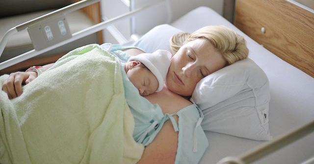 【涙・衝撃】出産直後に息を引き取った23歳の母親!最期に赤ちゃんを胸元で寝かせた時に奇跡が!