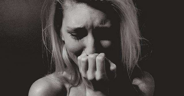 【衝撃ラスト】彼氏が私の親友に手を出し「お前に飽きた」と捨てられた。親友は泣きながら謝ってくれたが、彼が怖くて別れられない様子だった。時は経て・・・