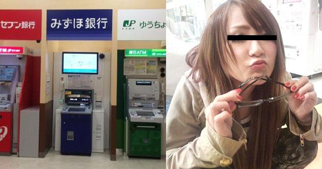 【墓場まで持っていく】ATMを使い終えて帰ろうとすると、ヤンキー女がベビーカーを蹴ってきた!私は瞬間的に頭に血がのぼり、女の首を掴んで「わたしの子ぉー!」と叫びながら、つけまつ毛をもぎ取ってしまった…